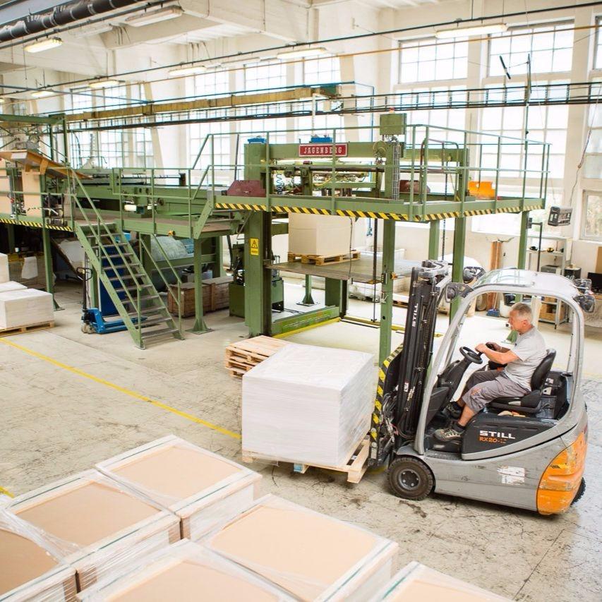 Kapcsolódó logisztikai szolgáltatások